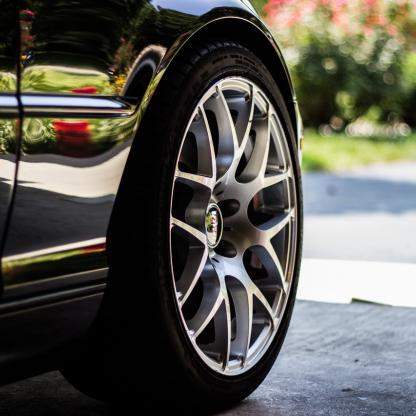 Concessionnaire automobile en haute savoie, confiez nous la gestion de votre présence digitale sur des reseaux sociaux qualifiés